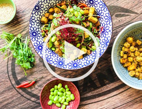 Sommersalat mit Knusper-Tofu
